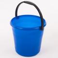 Пластмассовое ведро хозяйственно-бытового назначения номинальным объемом 6 литров. Имеет перекидную ручку.